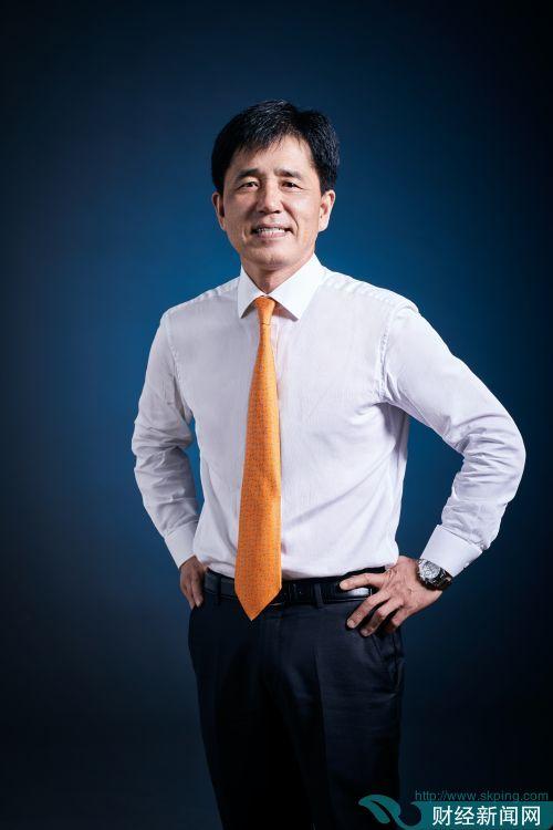 副首席执行官李硕宰