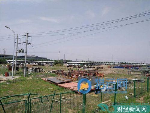 广通汽车厂区右侧场地库存车辆